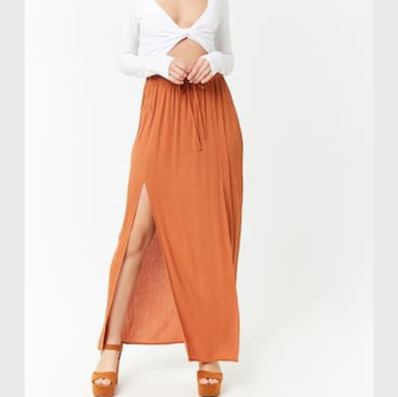 b3bcc5e18980 Forever 21 Dresses & Skirts - M-Slit Crinkle Maxi Skirt